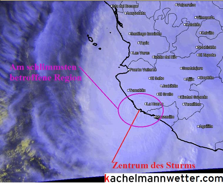 Satellitenbild bei Auftreffen an der mexikanischen Küste