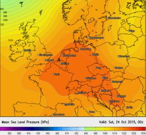 Bodendruckfeld am Freitag mit Hoch über Deutschland