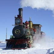 steam-locomotive-756123_640