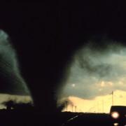 tornado-541911_960_720