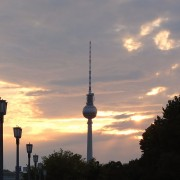 tv-tower-425738_1280