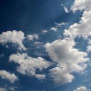 clouds-368120_640