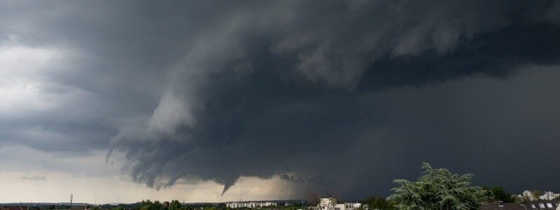 thunderstorm-358992_1280