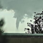 tornado-657633_640kl