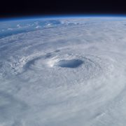 tropical-cyclone-63124_960_720