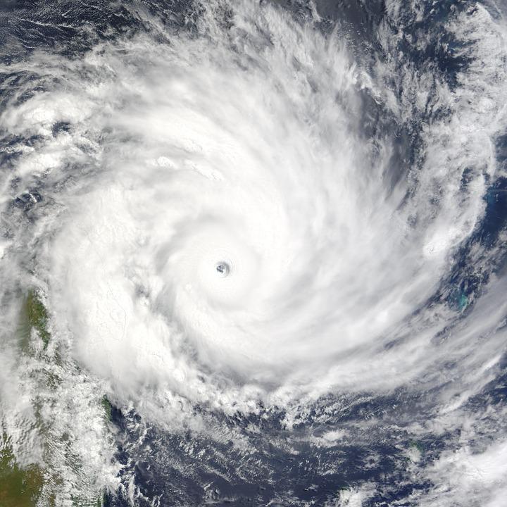 cyclone-62959_960_720