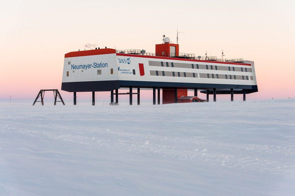 Die deutsche Antarktis-Forschungsstation Neumayer-Station III