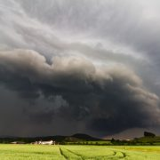 shelf-cloud-3206860_1920