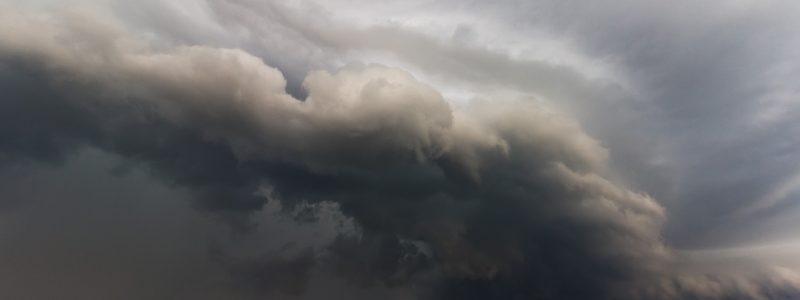 shelf-cloud-3206860_1920