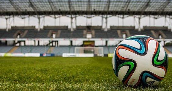 the-ball-488714_640-800x300